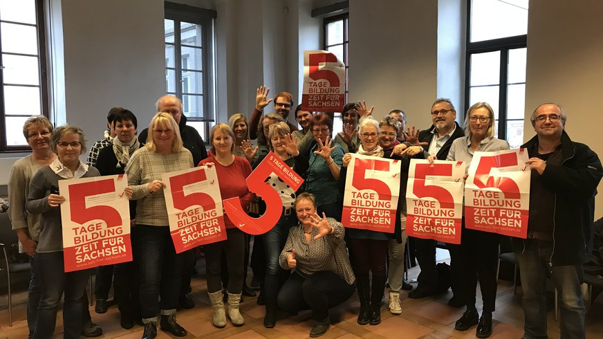 Beschäftigte von ver.di fordern 5 Tage Bildungszeit (Gruppenfoto)