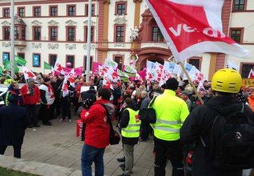 Beschäftigte Streiken in Erfurt